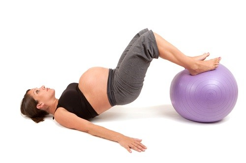 Health-esercise-pregnant-women-should-do